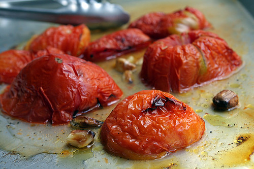roasted tomatoes & garlic for tomato soup