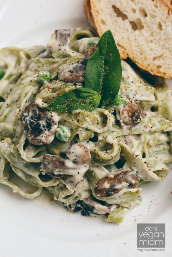 Creamy Spinach Tagliatelle & Mushrooms