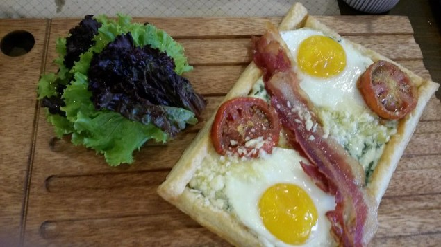 Breakfast tart at Harina