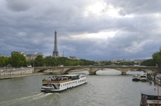 Visit Normandy _ The Seine in Paris