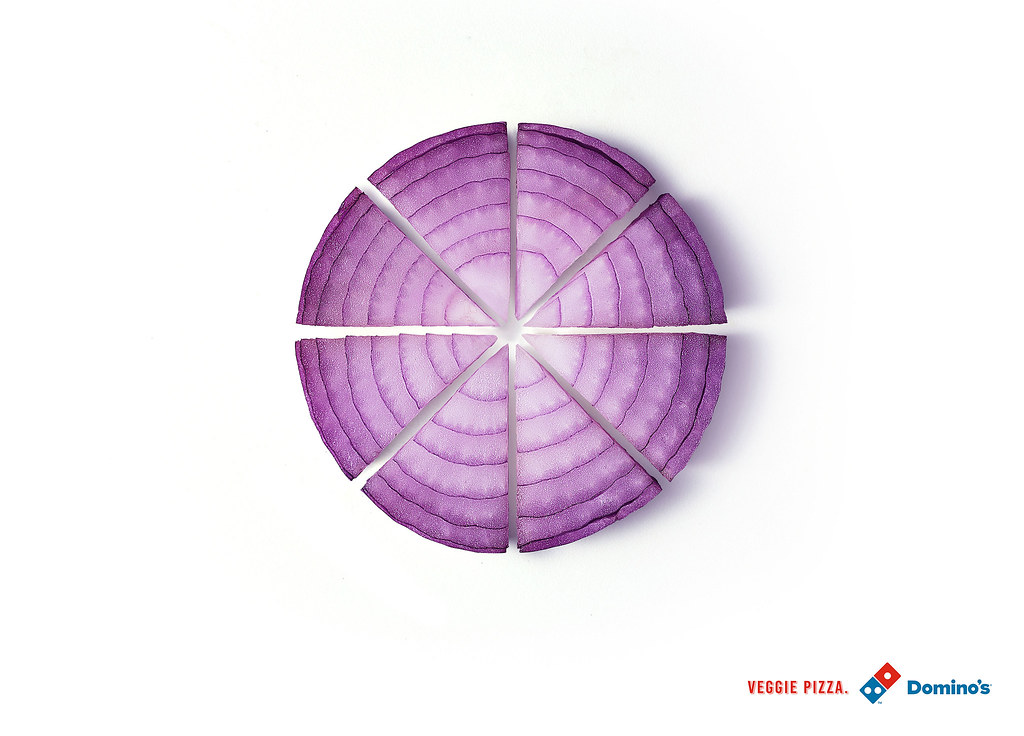 Domino's Veggie Pizza - Onion