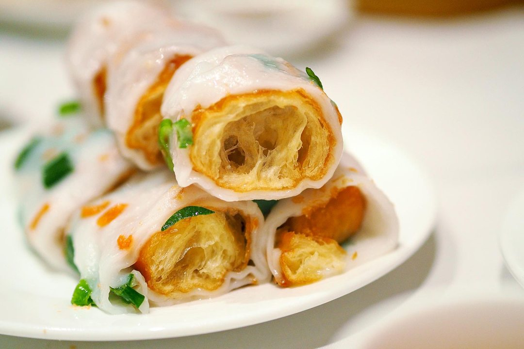 Sydney Food Blog Review of East Ocean, Haymarket: Rice Noodle Rolls with Chinese Dough Sticks