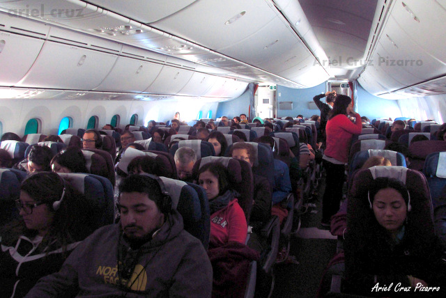Interior Boeing 787-8 Dreamliner LAN