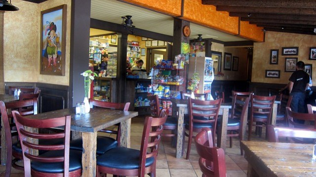 the restaurant at la carreta