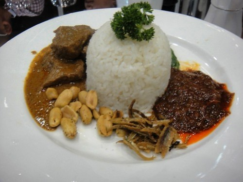Nasi Lemak with Beef Rendang