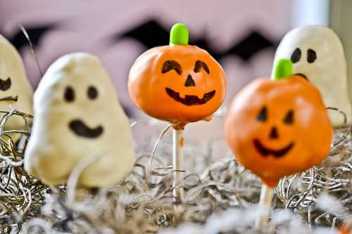 Halloween Cake Pops 5