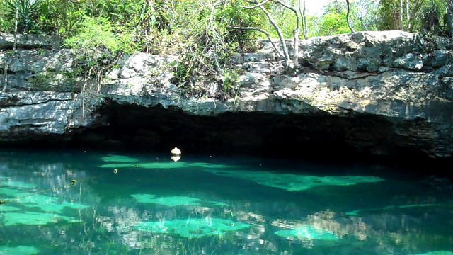 Cenote Azul - Outside