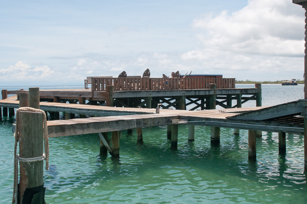 Dock at Bay Island College of Diving