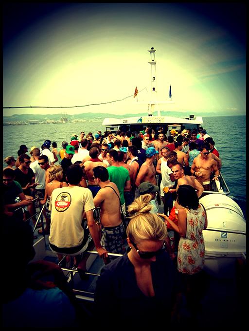 Tuukka13 - Sonar 2011 - Day 1 - Mobilee Cruise - Barcelona - 7