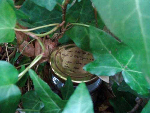 Jar No 240 in situ 01