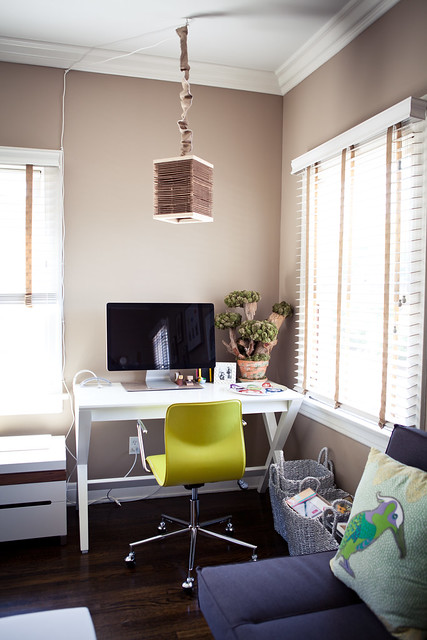 6090367837 295bdd93a5 z LA Home Office by Garrett Murray | Featured Workspace