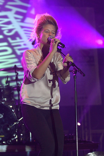 """selah-sue-sziget-2011 • <a style=""""font-size:0.8em;"""" href=""""http://www.flickr.com/photos/118602681@N02/6141254776/"""" target=""""_blank"""">View on Flickr</a>"""