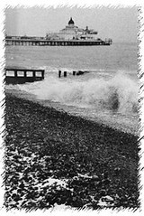 "Pier Waves • <a style=""font-size:0.8em;"" href=""http://www.flickr.com/photos/59278968@N07/6326193822/"" target=""_blank"">View on Flickr</a>"