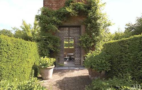 13_axel-vervoordt-wirtz-international-belgian-estate_lg