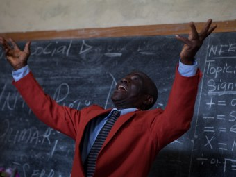 20110807_liberia_church_126.jpg