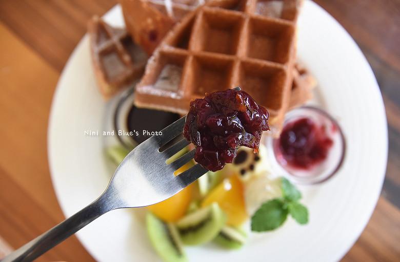 台中早午餐推薦冰滴咖啡插座餐廳胖達16