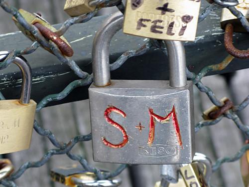 s & m - Pont des Arts, Paris