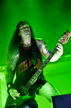machine head 14
