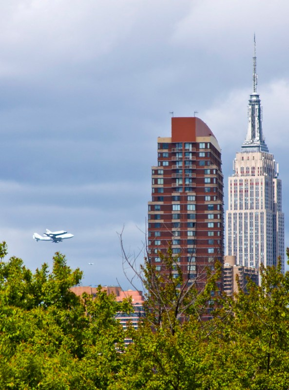 Space Shuttle Enterprise Flyover by the Empire State