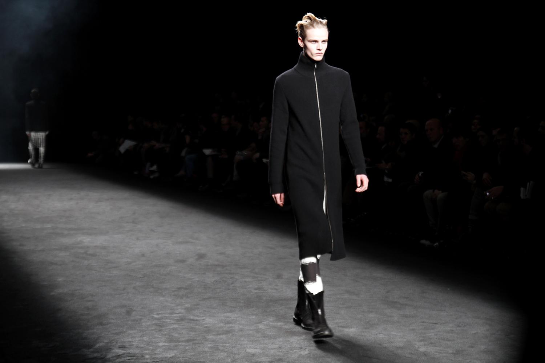 Tuukka13 - 2012_01_21 Ann Demeulemeester - Mens FW 2012 Collection Show, Paris Mens Fashion Week - 5