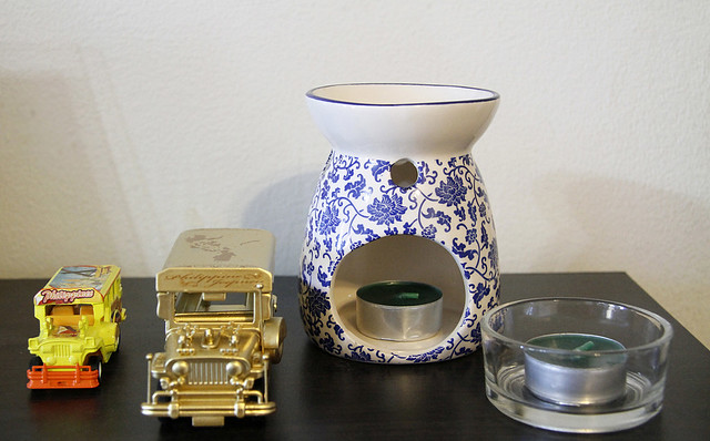 Finding an Oil Burner at Habitania
