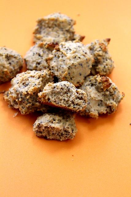 lemon and poppyseed cookies