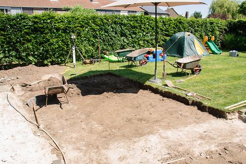 Terrasje uitgraven