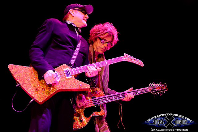 Rick Nielsen / Tom Peterson