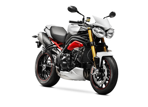 Triumph Speed Triple R 2014 02