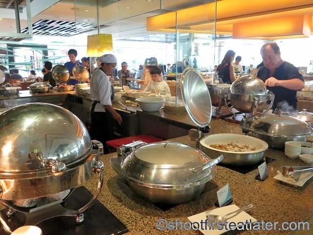Shangri-La Mactan breakfast buffet at Tides-011