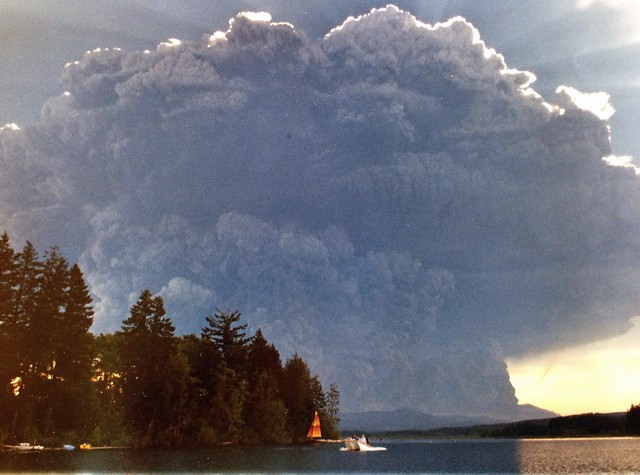 Mt St Helens Ash Cloud - May 18, 1980