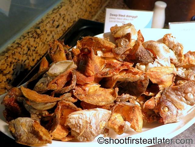 Shangri-La Mactan breakfast buffet at Tides-012