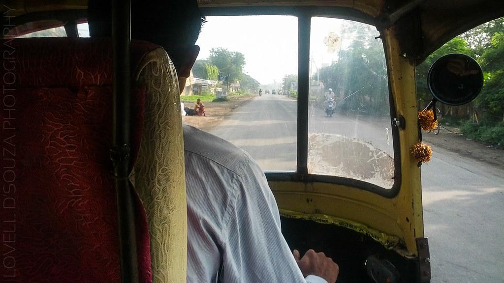 Autorickshaw ride from Mehkar to Lonar