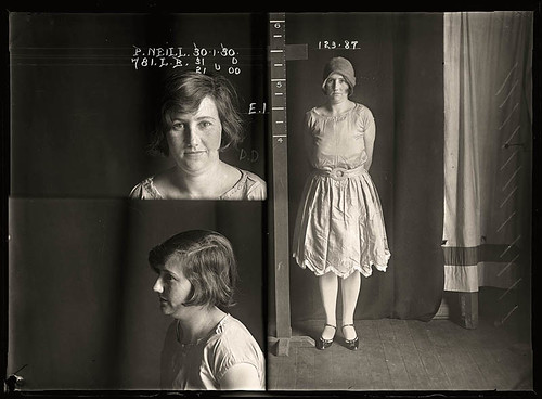 vintage-female-mug-shots-38