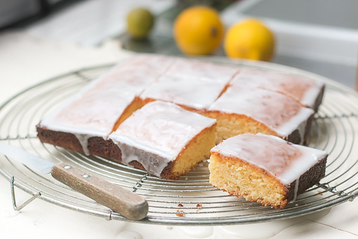 White Chocolate Cake with Lemon Glaze