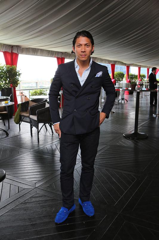 Robbie Antonio in Singapore