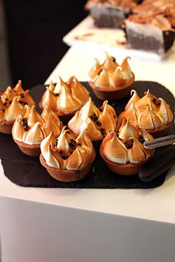 passion fruit meringue tartlets at ottolenghi