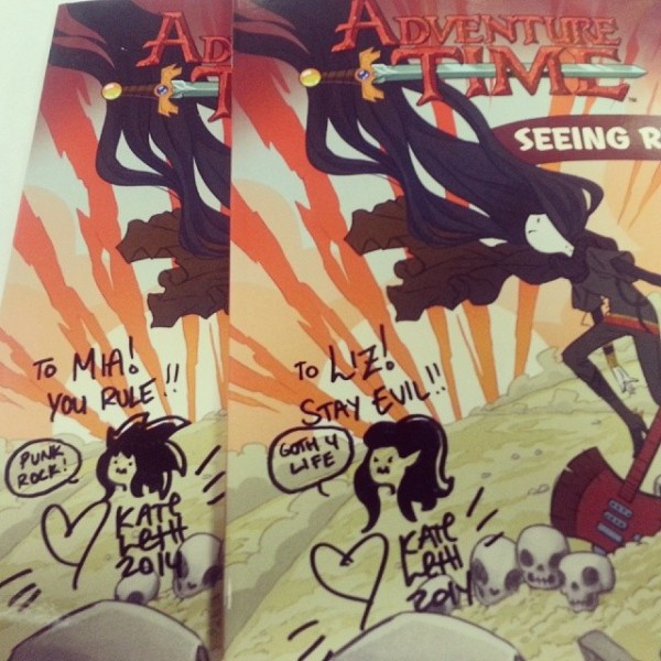 I met @kateleth and got a copy of Seeing Red! Oh, and one for Liz, surprise! ♥♡♥