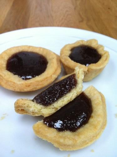 Greengage jam tarts