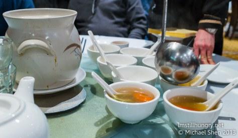 Iron Chef Starter soup - 骨头汤 (bone soup)
