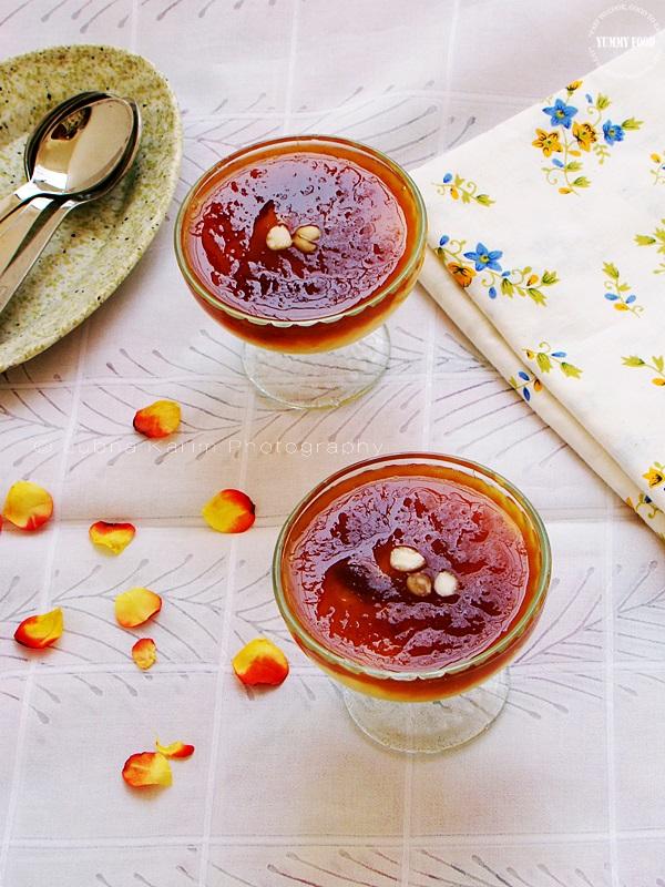 Qubani ka Meetha/Apricot Sauce with Custard