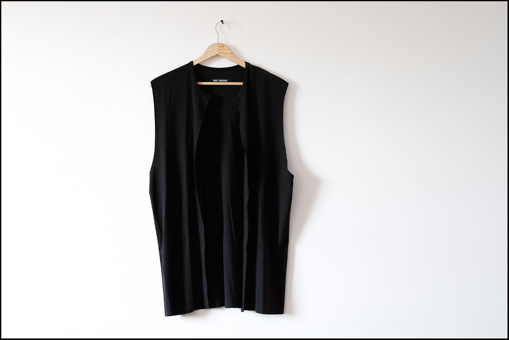 "Tuukka13 - Antwerp, Belgium - Raf Simons Archive Sales Purchases - 04.2013 - ""Raf Simons A/W 98-99 - Top Cotton Black"""
