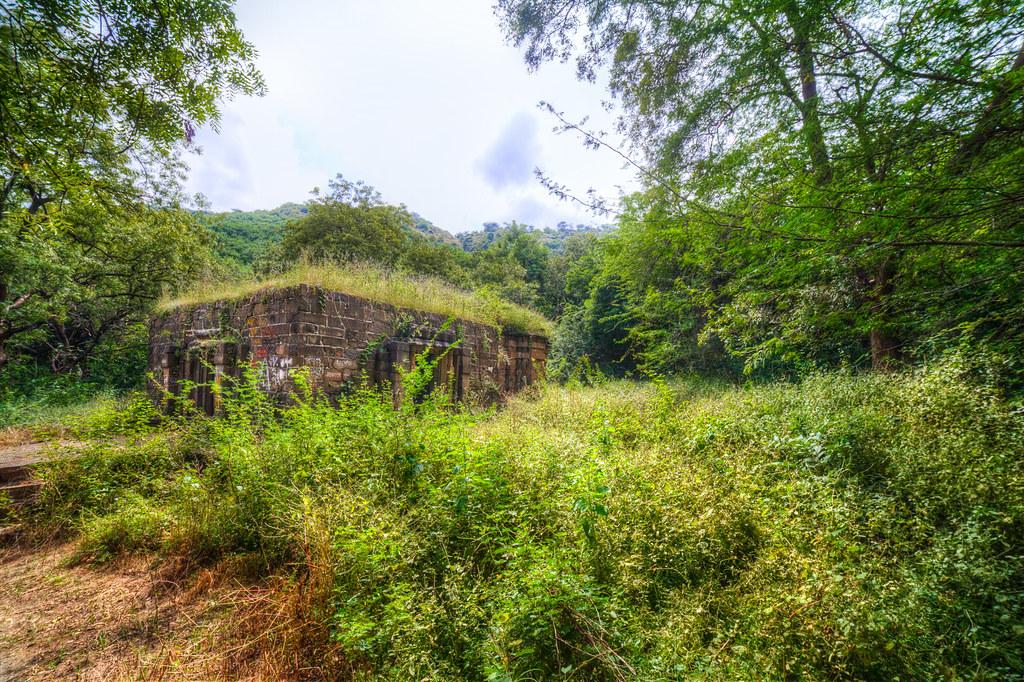 Temple in ruins, at the Lonar lake