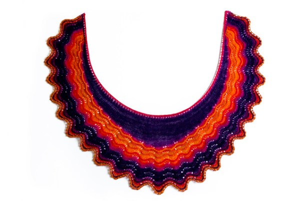 Andalusia Shawl knitting pattern by Mimi Hill for Eskimimi Makes