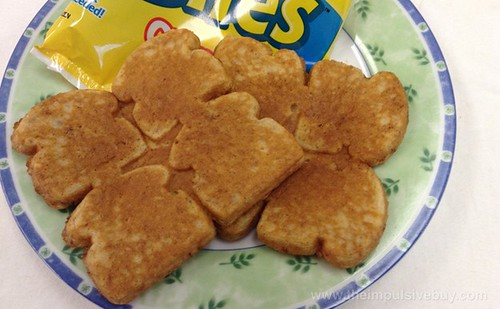 Kellogg's Eggo Cinnamon French Toast Bites Closeup