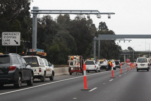 New speed cameras installed over the outbound lanes of the Monash Freeway