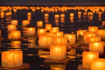 Hawaii Lantern Floating Ceremony 2016
