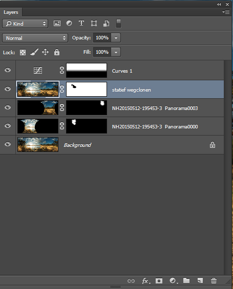 Een screenshot van het panorama en enkele verschillende losse bestanden als layers om de fouten via maskers te corrigeren.