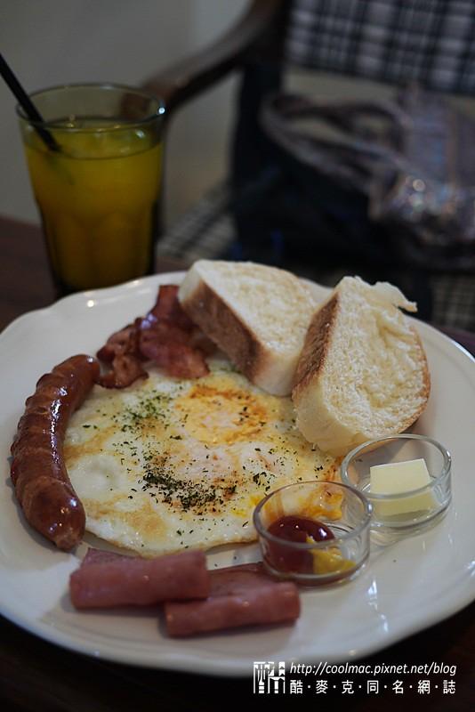 8947199912 9079b4aff3 b [台中]樹兒早午餐La : tRee brunch。便宜好吃