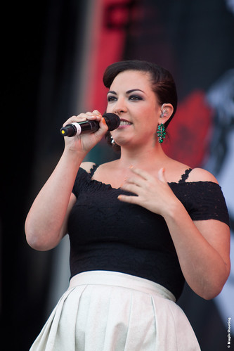 """Caro Emerald-10 • <a style=""""font-size:0.8em;"""" href=""""http://www.flickr.com/photos/118602681@N02/7939570868/"""" target=""""_blank"""">View on Flickr</a>"""